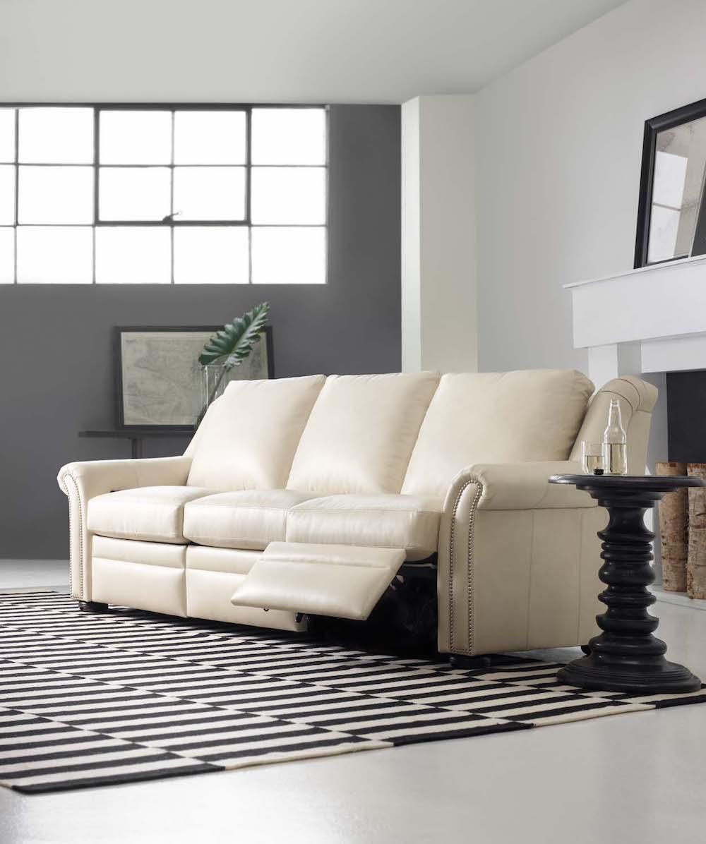 916 90 Newman Sofa 1