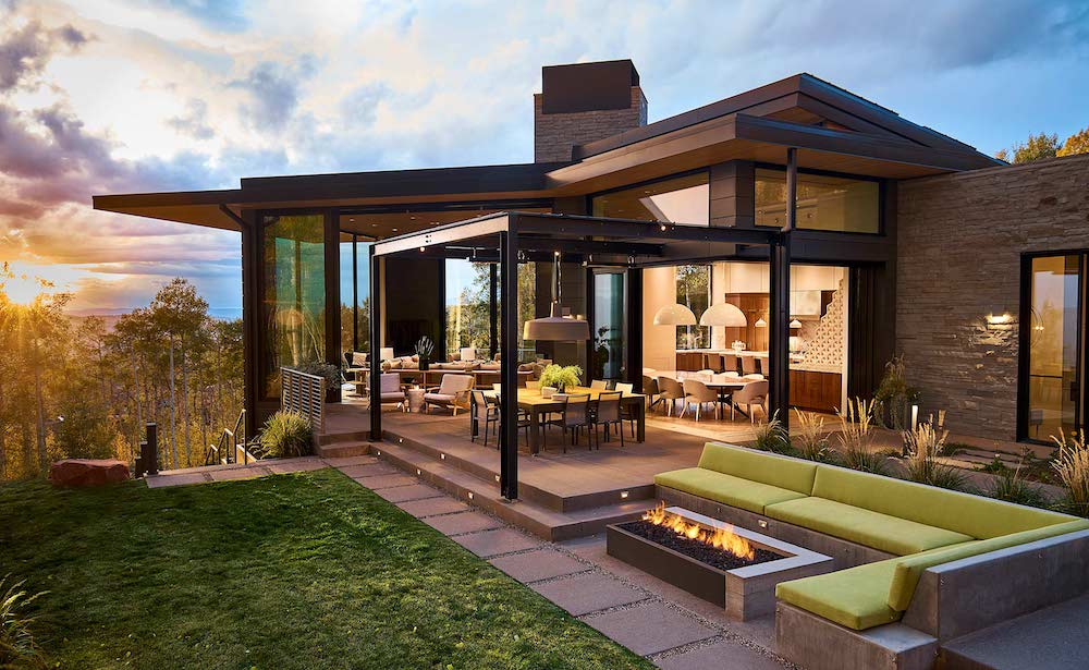 Outdoor Living Prominent